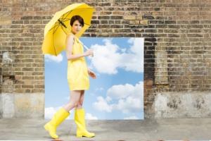 main_female_yellowumbrella_510x342
